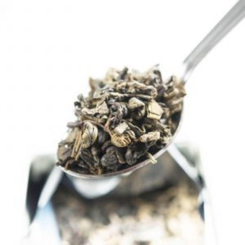 Jemný, lehký, svěží zelený čaj s přetrvávající nasládlou chutí, v níž rozeznáte tóny bylin a citrusových plodů. Pěstuje se v oblasti Gampola na Srí Lance, ve výšce okolo 400 metrů nad mořem. Delikátní čaj získá během vyluhování krásnou žlutou barvu a jeho list se plně rozvine.